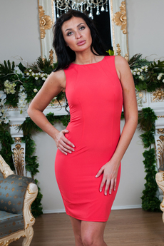Новинка: платье с кружевной спинкой Angela Ricci